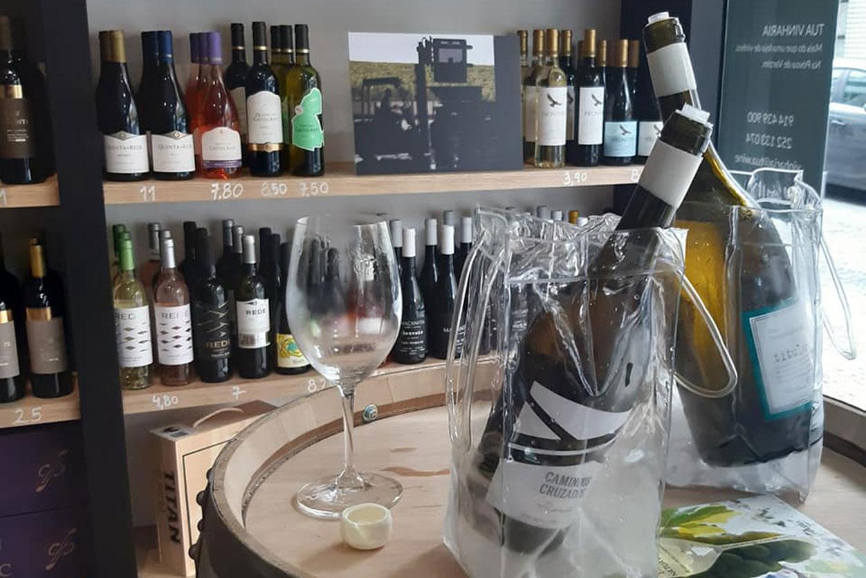 Prova de Vinhos Encruzado